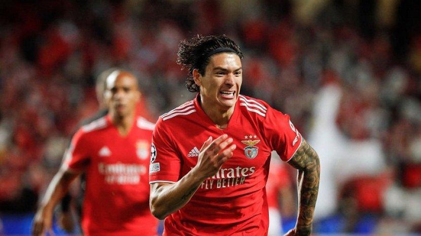 ac-milan-incar-striker-benfica-darwin-nunez-berharga-150-juta-euro.jpg