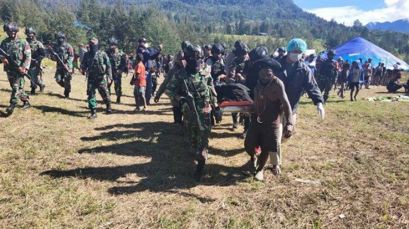 evakusai-siswa-korban-kkb.jpg