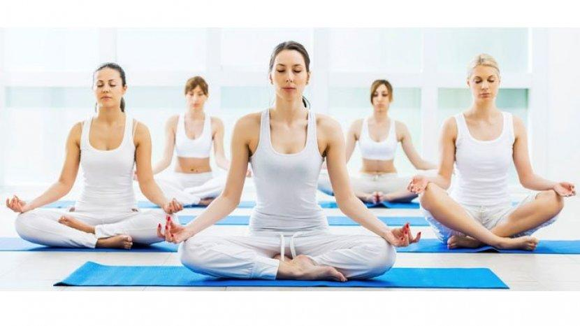 ilustrasi-olahraga-yoga-tips-to-care.jpg