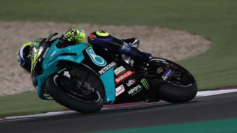 valentino-rossi-saat-balapan-di-seri-pertama-motogp-2021.jpg