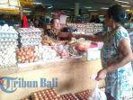 17072018-harga-telur-ayam-di-pasar-badung-baru-naik-komang-elis-harap-harga-kembali-normal_20180717_203415.jpg