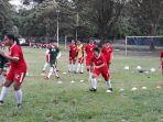 24062018-tribunbali-dad-fat-sepak-bola_20180624_130036.jpg