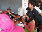 aktivasi-akun-sejumlah-siswa-dan-orangtua-mendatangi-posko-ppdb-kota-denpasar.jpg