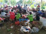 aktivitas-pengelolaan-sampah-di-tempat-olah-sampah-dusun-karangdadi-desa-kusamba.jpg