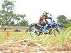 asah-skill-riding-offroad-sambil-seru-seruan-bareng-wr-155-r.jpg