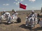 astronot-china-kembali-bumi.jpg