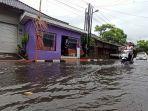banjir-di-jalan-kecubung.jpg