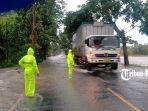 banjir-di-jalan-nasional-denpasar-gilimanuk-jumat-19-februari-2021.jpg