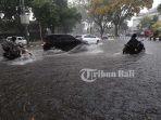 banjir-di-kawasan-renon_20171115_162538.jpg
