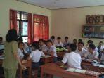 belajar-kurikulum-2013-di-sman-7-denpasar_20170801_205458.jpg