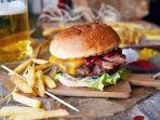 burger-makanan-pembunuh-tidur.jpg
