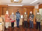 diageo-indonesia-bagikan-120-ribu-botol-hand-sanitizer-untuk-warga-jakarta-dan-bali.jpg
