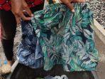 dua-buah-celana-pendek-yang-ditemukan-di-areal-stadion-debes-tabanan.jpg