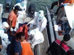 evakuasi-penemuan-mayat-tergantung-di-sebuah-kapal-nelayan.jpg
