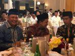 fahri-hamzah-satu-meja-dengan-presiden-jokowi_20180529_115102.jpg