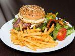 foto-ilustrasi-burger-dan-kentang-goreng.jpg