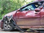 foto-ilustrasi-mobil-yang-rusak-karena-kecelakaan-lalulintas.jpg