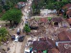 foto-udara-suasana-desa-sambolo-setelah-diterjang-tsunami-selat-sunda-pandeglang.jpg