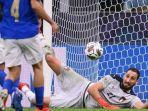 gianluigi-donnarumma-di-uefa-nations-league-italia-vs-spanyol-di-stadion-san-siro.jpg