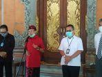 gubernur-bali-wayan-koster-merah-bersama-tim-percepatan-pemulihan-dampak-covid-19-provinsi-bali.jpg
