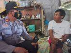 i-ketut-merta-45-seorang-disabilitas-asal-desa-gunaksa-menangis-saat-menceritakan-peristiwa.jpg