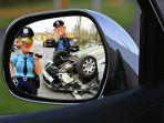 ilustrasi-kecelakaan-lalu-lintas-mobil.jpg