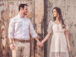 ilustrasi-pasangan-zodiak-romantis-ramalan-zodiak-cinta-besok-28-november-2020.jpg