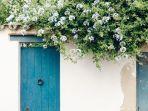 ini-7-rekomendasi-warna-cat-pintu-yang-mendatangkan-keberuntungan.jpg