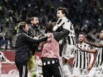 juventus-rengkuh-trofi-juara-coppa-italia-2021-usai-kalahkan-atalanta-2-1-chiesa-jadi-pembeda.jpg