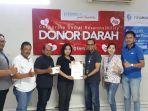 kegiatan-donor-darah-yang-dilaksanakan-fifgroup-cabang-denpasar-2.jpg