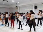 kegiatan-kpop-dance-workshop-bersama-calvin-pieter.jpg