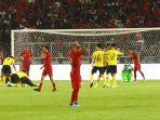 kekecewaan-pemain-timnas-indonesia-setelah-dikalahkan-timnas-malaysia.jpg