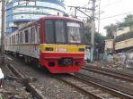 kereta-commuter-line-melintas.jpg