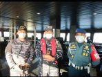 komandan-kri-rigel-933-letnan-kolonel-laut-p-jaenal-mutakim-paling-kiri.jpg