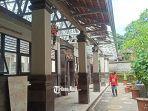 kondisi-bangunan-sekolah-yang-atapnya-diperbaiki-di-sd-no-2-abiansemal.jpg