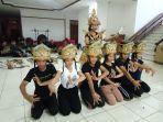 latihan-untuk-pentas-di-festival-tanjung-kelayang-2-kabupaten-belitung.jpg