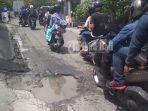 lubang-di-jalan-tukad-pule-denpasar_20180314_220600.jpg