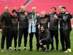 manchester-city-optimistis-juara-liga-inggris-2021-pep-guardiola-tinggal-2-kemenangan-lagi.jpg