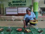 marbot-musholla-baitul-muminiin-bkdi-bali-sedang-menyiapkan-makanan.jpg