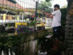 melalui-program-lumbung-pangan-keluarga-masyarakat-diajak-memanfaatkan-pekarangannya-untuk-berkebun.jpg