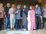 melly-goeslaw-menjadi-bintang-tamu-dalam-banyuwangi-batik-festival-bbf-2018.jpg