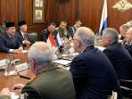 menteri-pertahanan-ri-prabowo-subianto-bertemu-dengan-menteri-pertahanan-rusia-di-moskow.jpg