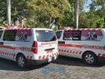 mobil-ambulance-covid-19-kabupaten-badung-yang-parkir-di-diskominfo-badung.jpg