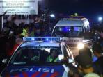 mobil-ambulans-jenazah-duo-bali-nine_20150429_095730.jpg