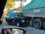 mobil-pick-up-tabrak-pantat-truk-tronton-di-sempidi-badung.jpg