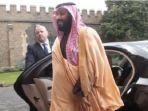 pangeran-mohammed-bin-salman-mbs-keluar-dari-mobil-mewah_20181021_123505.jpg