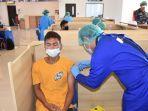 pangkalan-tni-al-lanal-denpasar-melaksanakan-serbuan-vaksin-masyarakat-maritim-gelombang-kedua.jpg