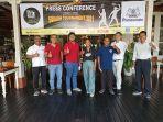 panitia-nusa-dua-squash-tournament-2021-dan-perwakilan-peserta-berfoto-bersama-uds.jpg