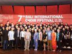 para-juri-serta-indonesian-youth-choir_20180725_125325.jpg