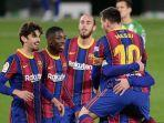 para-pemain-barcelona-merayakan-gol-keduanya.jpg